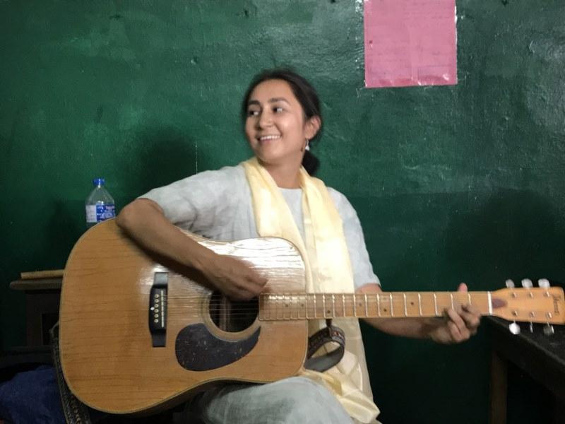 Música en Katmandú II